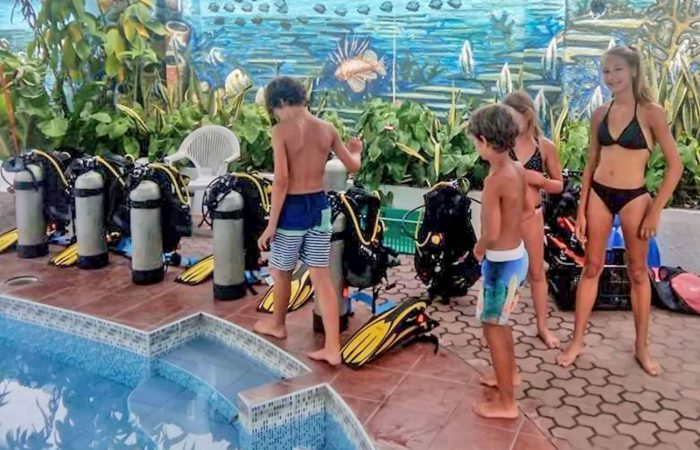 Aqua Ventura Diving PADI bublemaker-pool